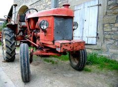 Vieux tracteur (10/06/2012)